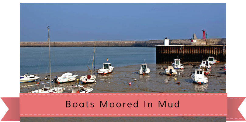 Port en Besin, Boats Moored in Mud Gentle Nudges story banner